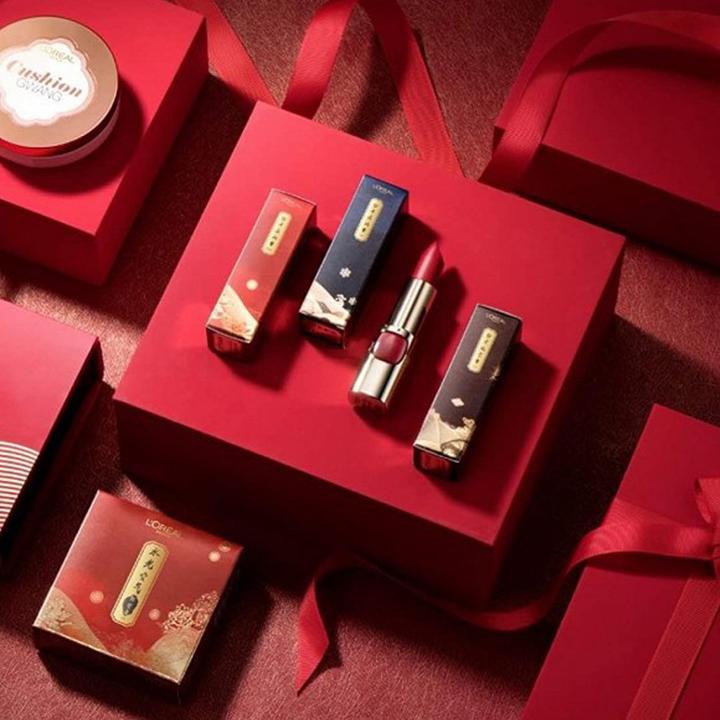 用纸胶带装饰口红和彩妆 故宫带火的纸胶带口红